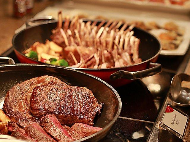 澳门皇冠假日酒店蓝湾全日餐厅自助晚餐